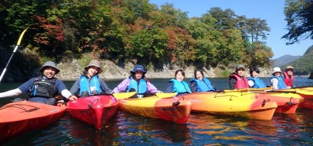【第7回 川俣カヌー レポ】紅葉がはじまる秋の美しい川俣湖。家族での参加も