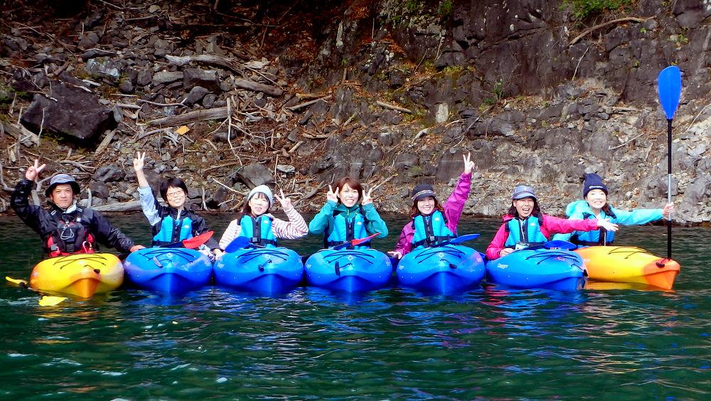 【10/22(日)】広大なダム湖を独り占め 川俣湖カヌー(紅葉)