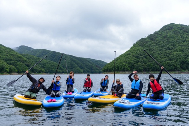 【2015⑬ 川俣湖SUPレポ】みんなすぐに上達!広〜い湖でゆったりのんびりSUP体験